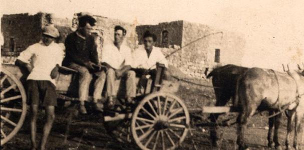 """תמונה של חברי קבוצת """"אחווה"""" בגניגר"""