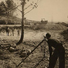 תמונה של בונים את בריכת השחייה 1946