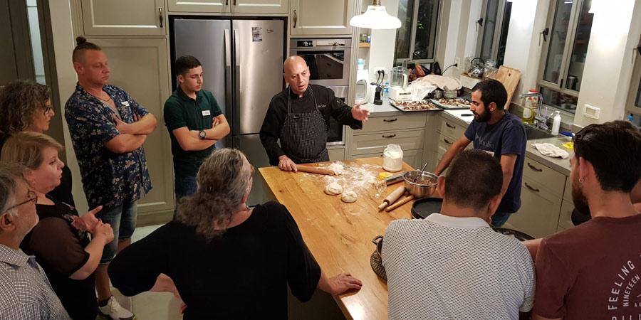תמונה מיום הגיבוש של צוות חדר האוכל והמטבח