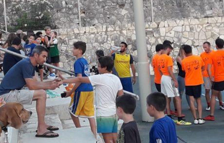 """טורניר ליגת הקיץ בכדורגל ע""""ש אסף פוקס מגבת"""
